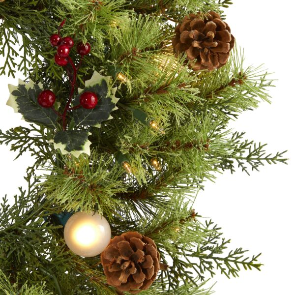 """24"""" Christmas Artificial Wreath With 50 Lights, 7 Globe Bulbs, Berries & Pine Cones"""
