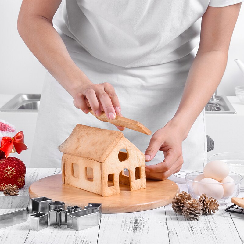 10pcs-set-stainless-steel-Christmas-gingerbread-house-forms-cookie-cutters-3D-cookie-Biscuits-mold-bakeware-baking